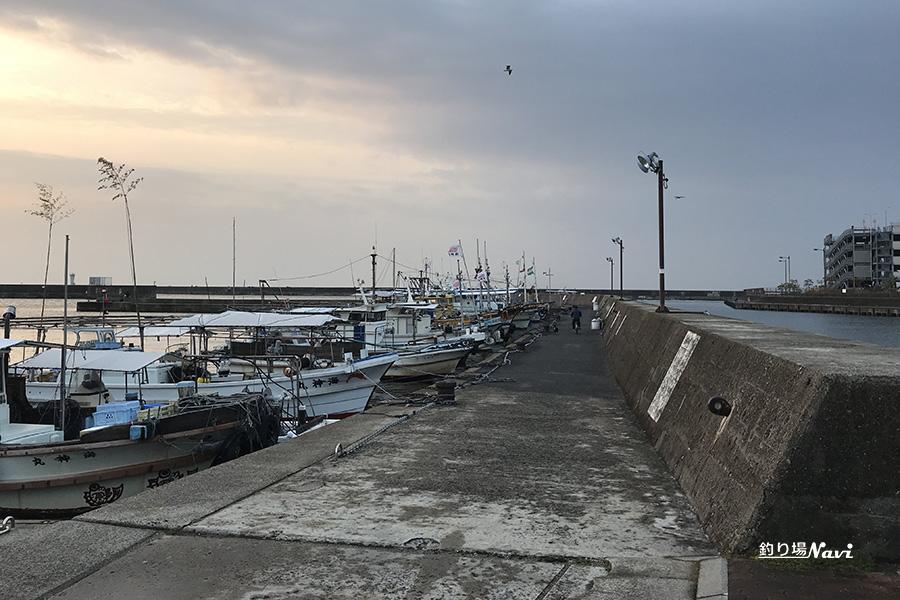 垂水漁港 西波止